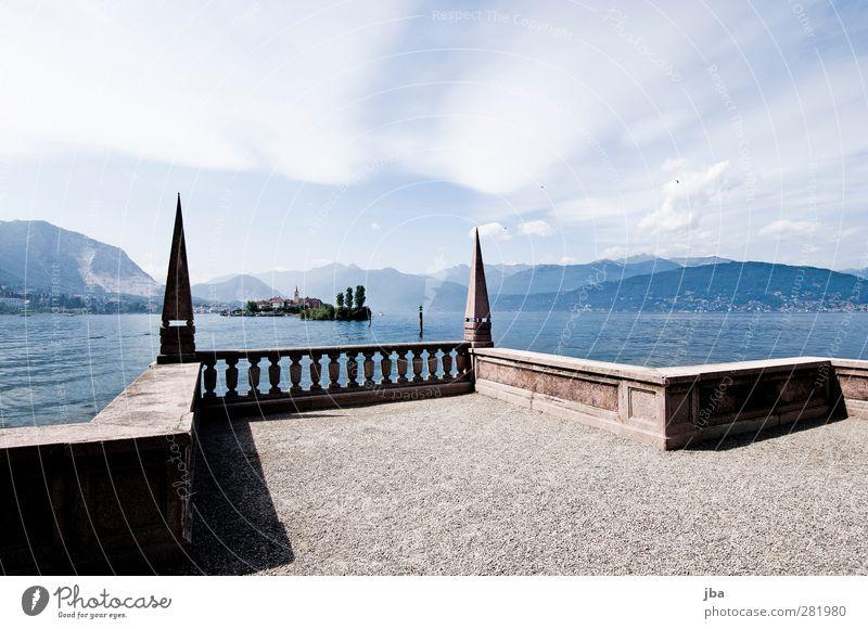 Borromäische Inseln 1 Erholung Tourismus Ausflug Sightseeing Sommer Architektur Natur Urelemente Luft Wasser Wolken Schönes Wetter Küste Seeufer Stresa Italien