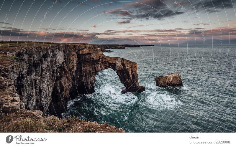 Green Bridge of Wales Ferien & Urlaub & Reisen Tourismus Abenteuer Ferne Freiheit Umwelt Natur Landschaft Urelemente Wasser Himmel Wolken Horizont Sonnenaufgang