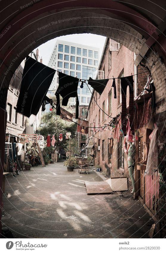 Hamburg hat den Bogen raus Stadt Haus Wand Bewegung Stil Mauer Fassade Häusliches Leben Wohnung Freizeit & Hobby träumen Hochhaus Idylle Bekleidung Stadtzentrum