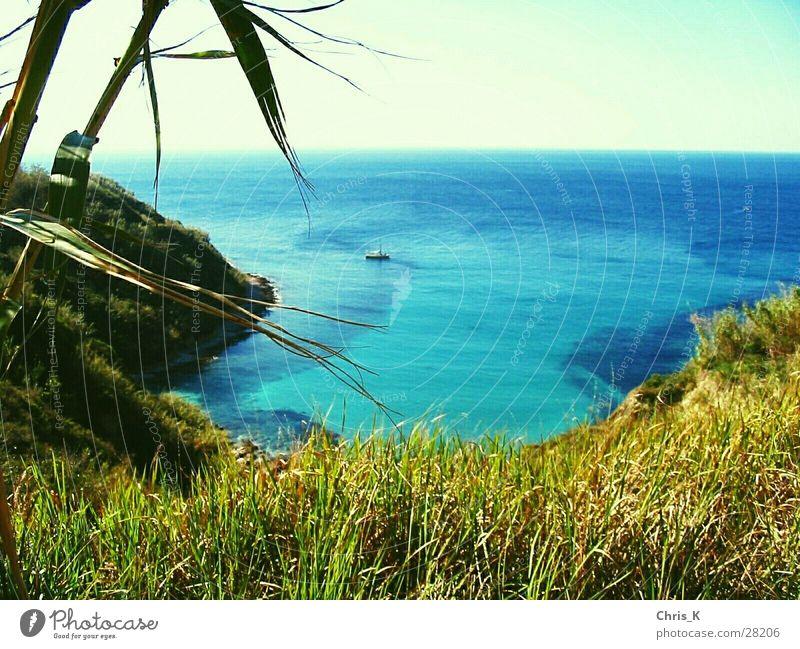 Die MS Odysseus in der Bucht Susak Aria Meer Lagune Sportboot Berge u. Gebirge Insel Jacht Segelboot Sonne