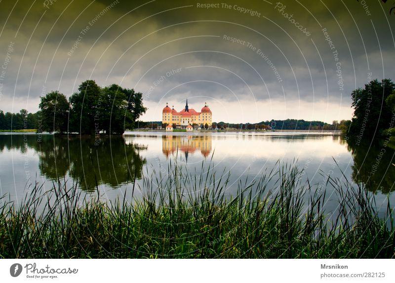 Moritzburg Himmel Ferien & Urlaub & Reisen Stadt Wolken ruhig Herbst Architektur Küste Gebäude See Garten Kunst Park Tourismus Ausflug ästhetisch