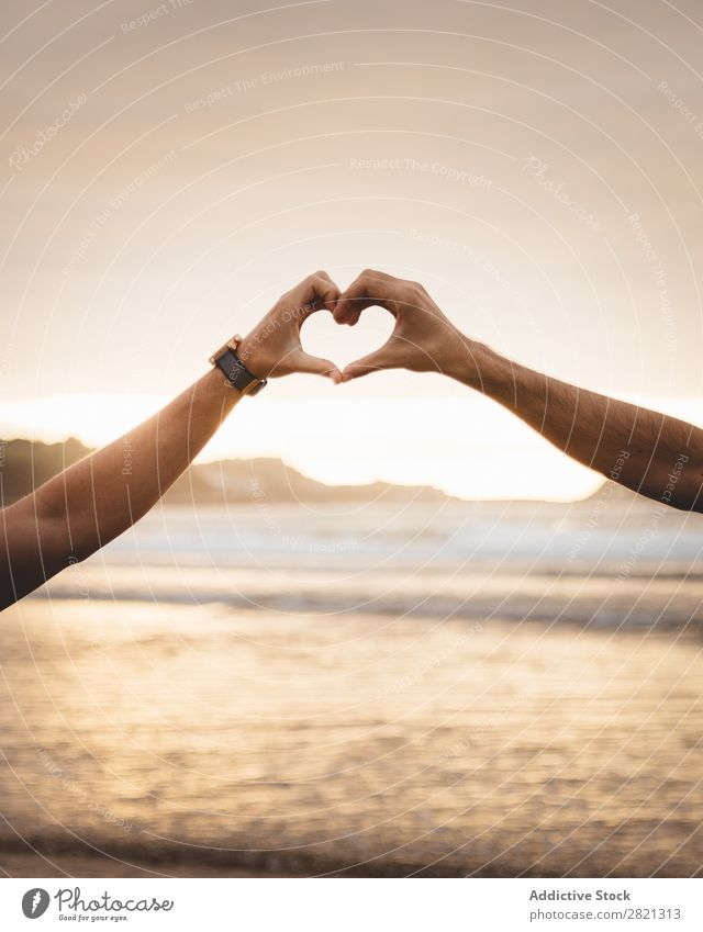 Schwules Paar gestikulierendes Herz Hand Homosexualität alternativ lgbt Liebe Romantik Strukturen & Formen Symbole & Metaphern Mensch Zeichen romantisch