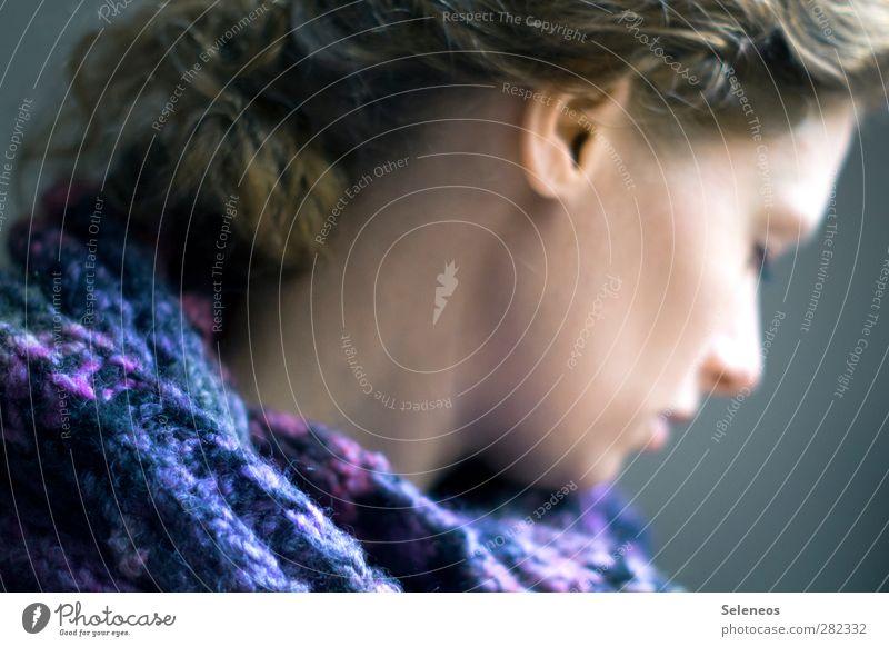 nur in meinem Kopf Haare & Frisuren Haut Gesicht Mensch feminin Frau Erwachsene Ohr Nase 1 Bekleidung Accessoire Schal träumen nah weich Wolle blau Locken