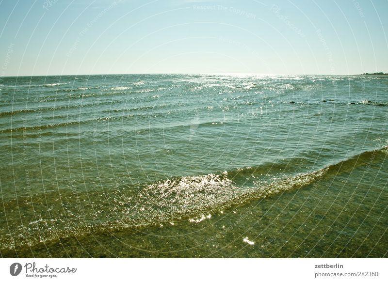 Kleine Welle Himmel Natur Wasser Ferien & Urlaub & Reisen Sommer Meer Freude Strand Landschaft Umwelt Ferne Gefühle Küste Luft Horizont Wetter