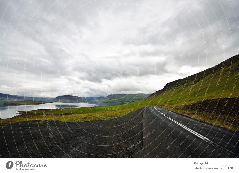 Icelandic Road Himmel Natur Ferien & Urlaub & Reisen Wolken Landschaft Ferne Straße außergewöhnlich Hügel fantastisch Verkehrswege Island Fjord