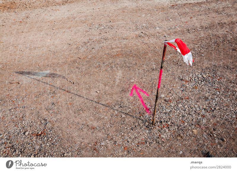Richtung Baustelle Erde Zeichen Pfeil Barriere Schilder & Markierungen braun rosa rot weiß Beratung entdecken Entscheidung Orientierung planen Farbfoto