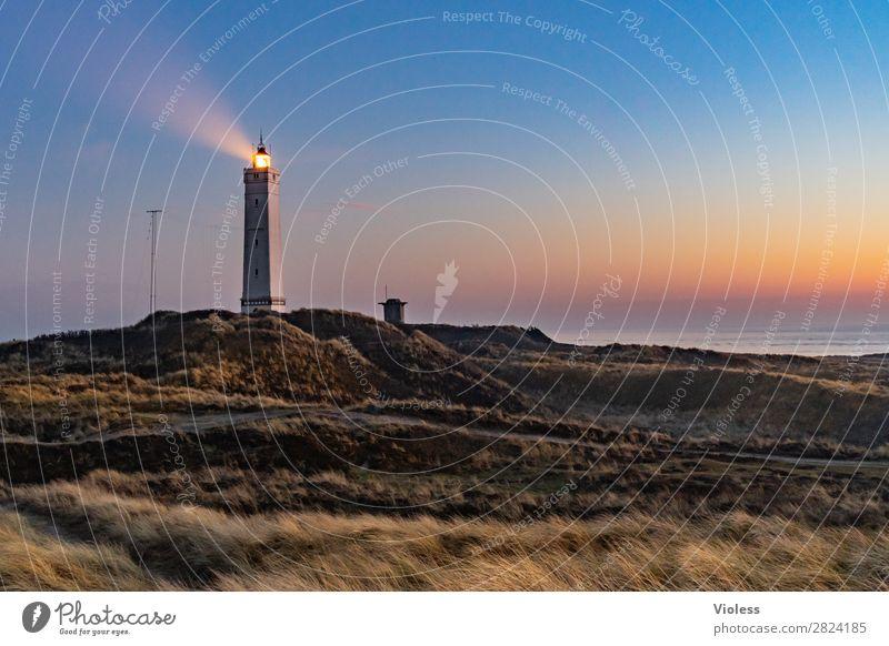 blavandshuk fyr lighthouse II Leuchtturm Blavands Huk Blavands Fyr Dänemark Düne Stranddüne Dünengras Jütland Lighthouse Nordsee Bunker Sonnenuntergang