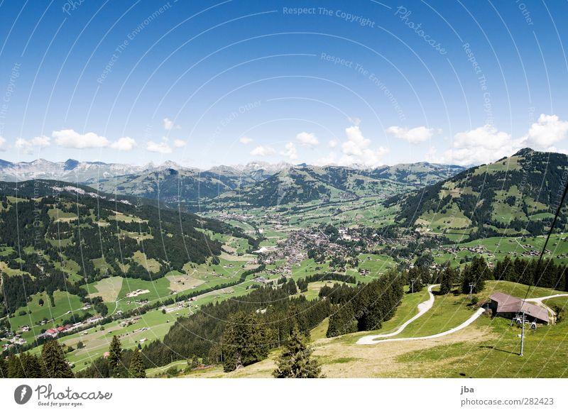 Gstaad Ferien & Urlaub & Reisen Tourismus Ausflug Berge u. Gebirge wandern Natur Landschaft Sommer Herbst Schönes Wetter Gras Alpen Gipfel Dorf Seilbahn