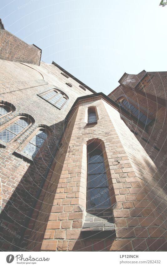 Nicolai Religion & Glaube Tourismus Kraft groß Kirche Macht Hoffnung Schutz Frieden Tradition Sehenswürdigkeit Gebet Gott gigantisch Gotteshäuser