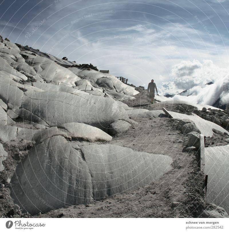 steinig Mensch Himmel Natur Mann blau Ferien & Urlaub & Reisen weiß Sommer Landschaft Erholung Erwachsene Umwelt Berge u. Gebirge Bewegung grau Felsen