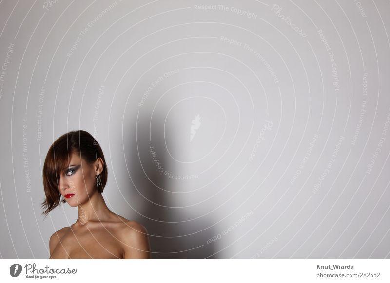 The look Mensch feminin Junge Frau Jugendliche Erwachsene Haut Kopf Haare & Frisuren Gesicht Auge 1 18-30 Jahre ästhetisch Erotik dekolleté Blick schminke