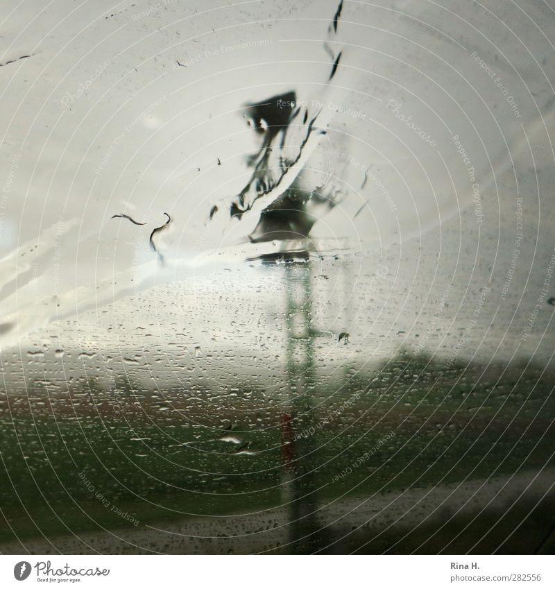 Reisen Landschaft Wasser Wassertropfen Wolken Herbst schlechtes Wetter Regen Schienenverkehr Bahnfahren Eisenbahn Ferien & Urlaub & Reisen dunkel nass