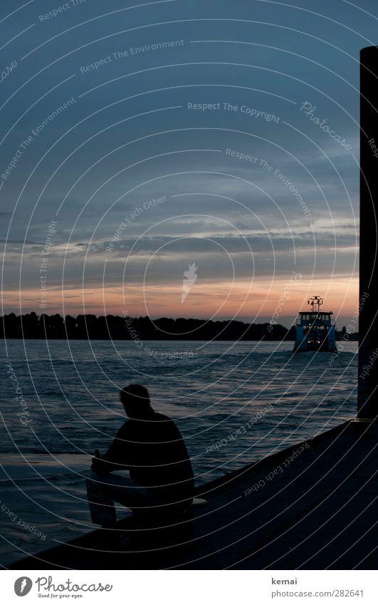Ein Schiff wird gehen Mensch Himmel Mann Sommer ruhig Wolken Ferne dunkel Erwachsene Leben maskulin Körper sitzen einzeln Schönes Wetter Abenteuer