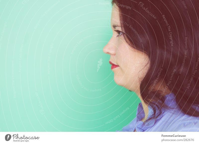 Green! Mensch Frau Jugendliche blau grün rot Erwachsene Gesicht Junge Frau feminin Wand Haare & Frisuren Kopf 18-30 Jahre stehen ästhetisch