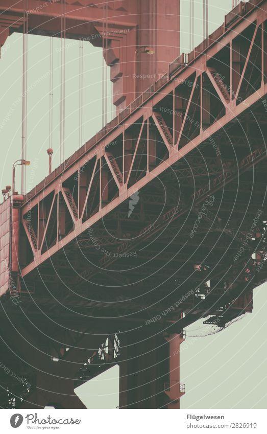 Golden Gate Bridge II USA Stars and Stripes Amerika Wolken Freiheit Ferien & Urlaub & Reisen Straße Aussicht Brücke San Francisco Sightseeing rot Stahl