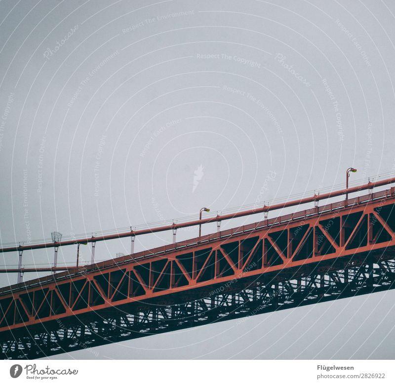 Golden Gate Bridge Vier USA Stars and Stripes Amerika Wolken Freiheit Ferien & Urlaub & Reisen Straße Aussicht Brücke San Francisco Sightseeing rot Stahl