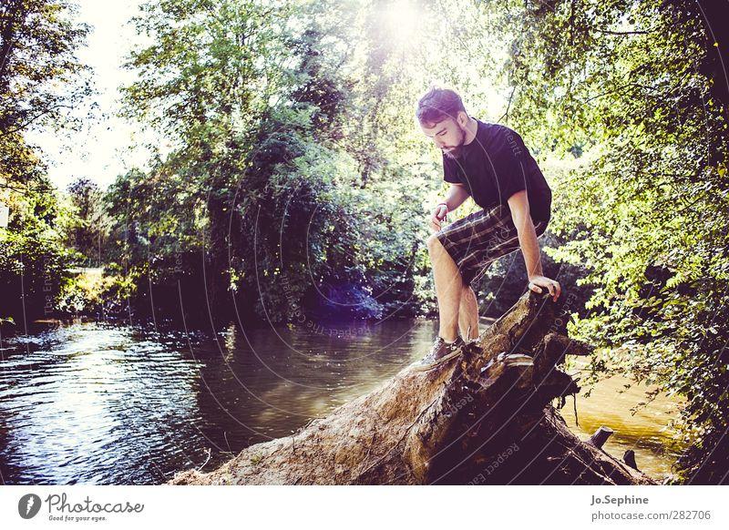 glory days to come Lifestyle Freude Mensch maskulin Junger Mann Jugendliche 1 18-30 Jahre Erwachsene Umwelt Natur Sommer Wurzel Flussufer Shorts entdecken
