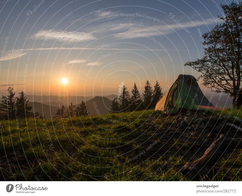 Draussen Wohlgefühl Zufriedenheit Erholung ruhig Freizeit & Hobby Ferien & Urlaub & Reisen Ausflug Abenteuer Ferne Freiheit Camping Sommer Sonne