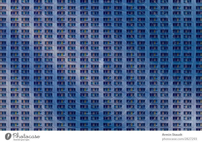 Es gibt doch Wohnungen II Einsamkeit Architektur Lifestyle Berlin Stil Business Fassade Stimmung Büro Häusliches Leben Design Perspektive Zukunft Beton
