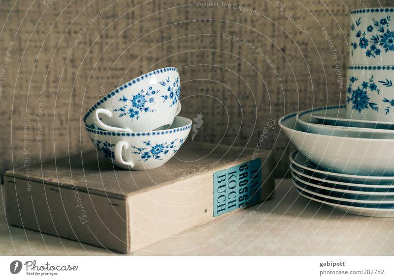 Früher war alles besser | außer Kochbücher Geschirr Teller Schalen & Schüsseln Tasse Dekoration & Verzierung alt Originalität retro blau Kochbuch Küche Tapete