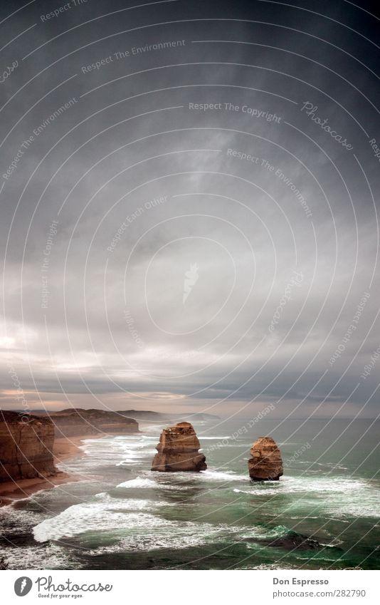 Great Ocean Road II schlechtes Wetter Unwetter Wind Sturm wild Australien Rucksacktourismus Außenaufnahme Menschenleer