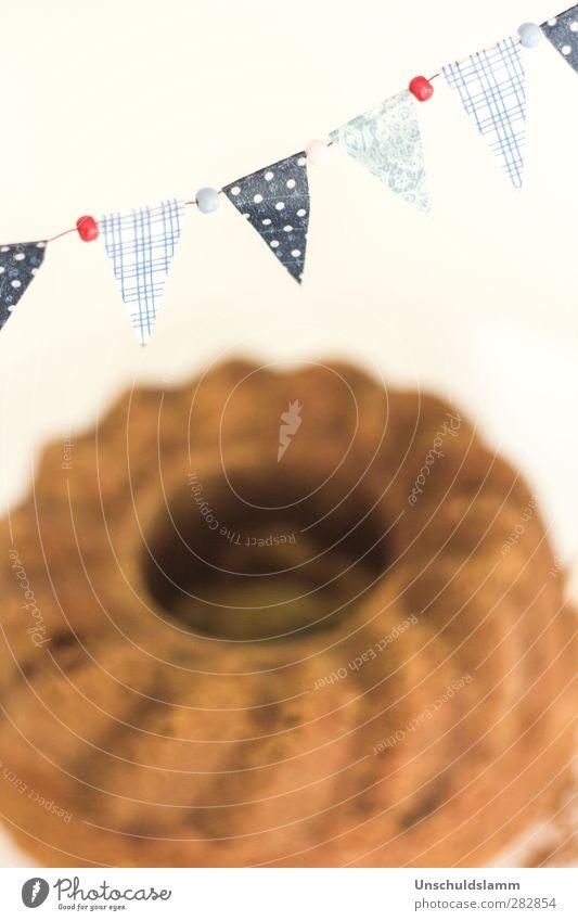 in gugl veritas. Lebensmittel Teigwaren Backwaren Kuchen Gugelhupf Ernährung Kaffeetrinken Stil Häusliches Leben Feste & Feiern Geburtstag