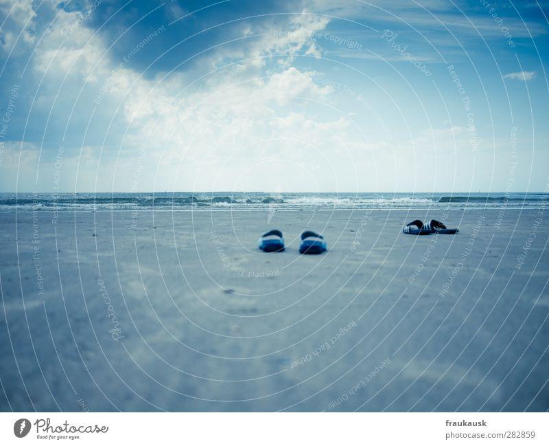 Lass uns schwimmen gehen Ferien & Urlaub & Reisen Ausflug Sommer Sommerurlaub Strand Meer Insel Schwimmen & Baden Landschaft Sand Wasser Himmel Wolken Horizont