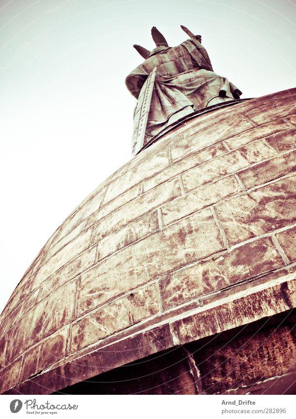 Hermannsdenkmal kalt groß Bauwerk Denkmal Wahrzeichen Sehenswürdigkeit Sightseeing Hermanns Denkmal
