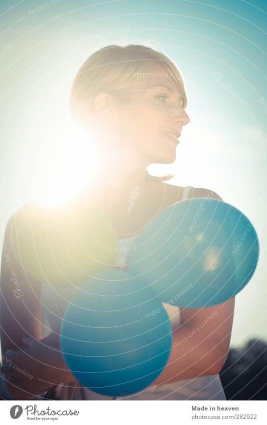 Spaß am Leben. blau Freude feminin Glück Zufriedenheit Fröhlichkeit Lebensfreude Frühlingsgefühle