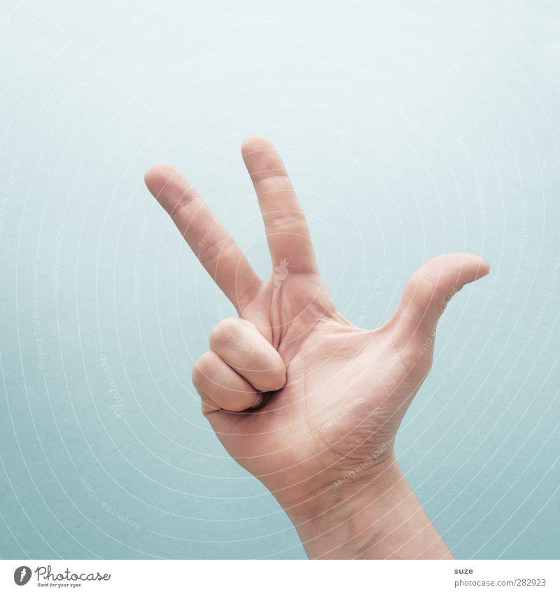 3 Bier bitte. Hand hell Arme Haut 3 Finger Kommunizieren Coolness einfach Zeichen Europäer trendy Hinweis gestikulieren Daumen hell-blau