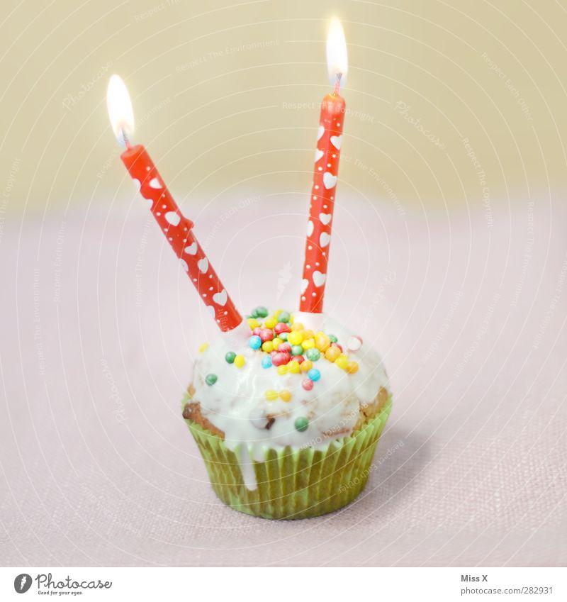 Alles Gute Fips klein Feste & Feiern rosa Lebensmittel Geburtstag leuchten Ernährung süß Kerze lecker Süßwaren Kuchen Backwaren Teigwaren Dessert Valentinstag