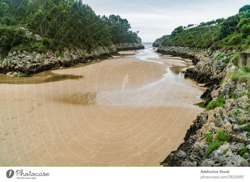 Sandstrand und Berge Küste Berge u. Gebirge nass Landschaft Strand Ferien & Urlaub & Reisen