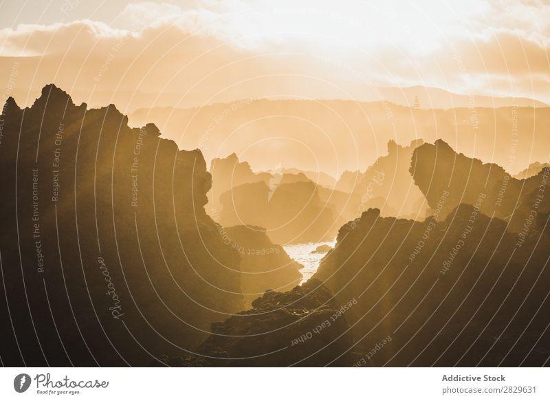 Klippen bei Sonnenuntergang Hügel Berge u. Gebirge Aussicht Natur Ferien & Urlaub & Reisen Landschaft Abend schön Tourismus Felsen Tal Gipfel wandern
