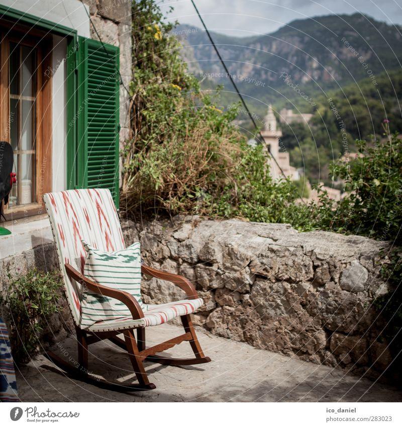 Ausruhen Wohlgefühl Ferien & Urlaub & Reisen Tourismus Ausflug Abenteuer Ferne Sommer Sommerurlaub Sessel Stuhl Landschaft Hügel Felsen Berge u. Gebirge