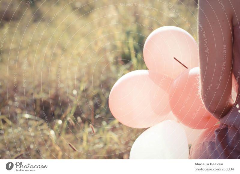 Luftballongs Mensch Natur Sommer feminin Leben hell außergewöhnlich Schönes Wetter Qualität