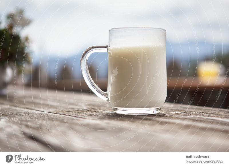 Lecker! Lebensmittel Milcherzeugnisse Bioprodukte Getränk Erfrischungsgetränk buttermilch Tasse Becher Glas Landwirtschaft Forstwirtschaft Feierabend Holz