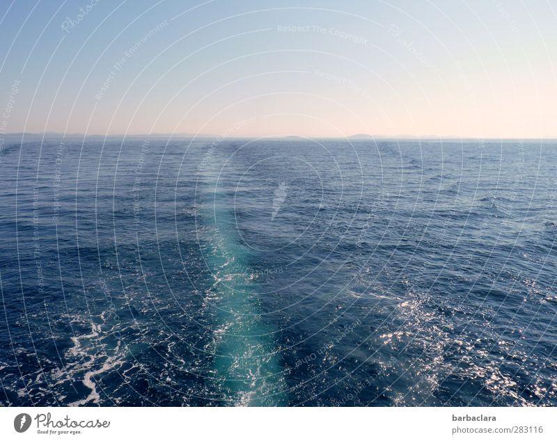 weit, weit hinaus Natur blau Ferien & Urlaub & Reisen Wasser Meer Ferne Umwelt Gefühle Bewegung Freiheit Horizont Wellen frisch Idylle Schönes Wetter