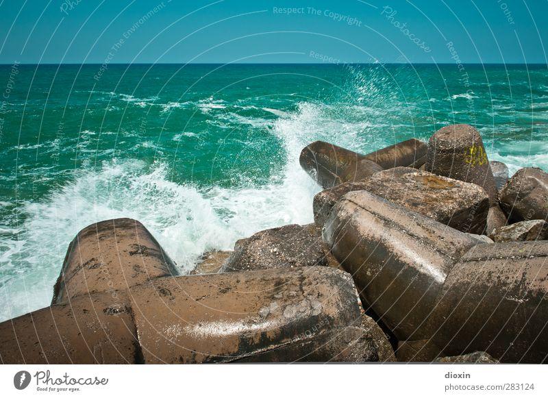 Wellenbrecher -2- Ferien & Urlaub & Reisen Tourismus Ausflug Sommer Sommerurlaub Meer Insel Umwelt Natur Urelemente Wasser Himmel Wolkenloser Himmel