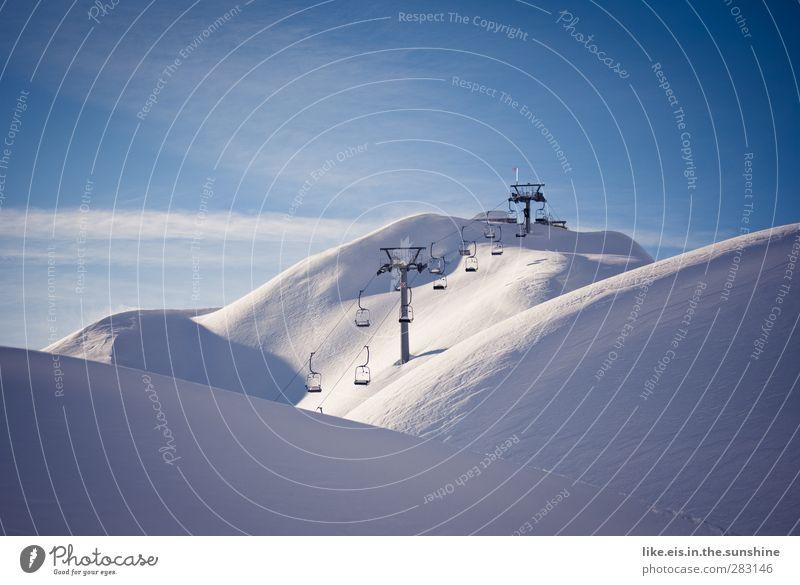 say hello to paradise! Sinnesorgane Erholung ruhig Winter Schnee Winterurlaub Berge u. Gebirge Skier Skipiste Umwelt Natur Landschaft Wolkenloser Himmel Klima