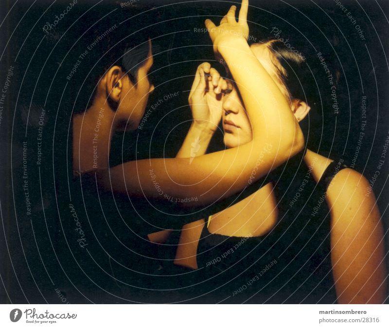 schminken Schminken Hand dunkel zwei frauen weiches licht Gesicht