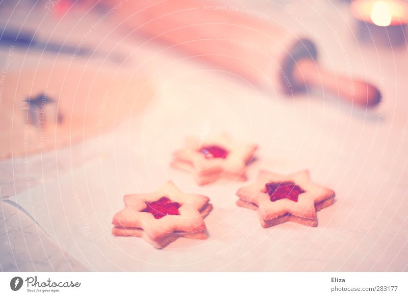 Backe backe Plätzchen Teigwaren Backwaren Süßwaren Nudelholz Stimmung Weihnachten & Advent Küche Kerze süß lecker Stern (Symbol) Marmelade retro altehrwürdig