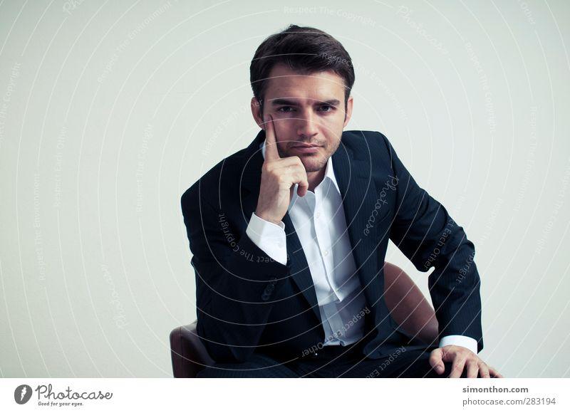 Business Man Mensch Jugendliche 18-30 Jahre Erwachsene Stil Lifestyle maskulin Büro elegant Erfolg lernen Bildung Geldinstitut Wirtschaft Sitzung