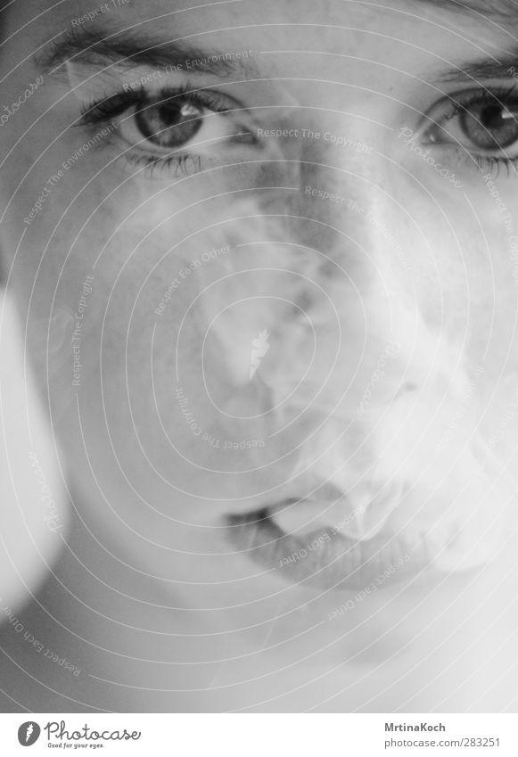 40 day dream. Mensch Frau Jugendliche ruhig Erwachsene Junge Frau feminin 18-30 Jahre elegant Rauchen genießen stark Tabakwaren Zigarette Stolz frontal