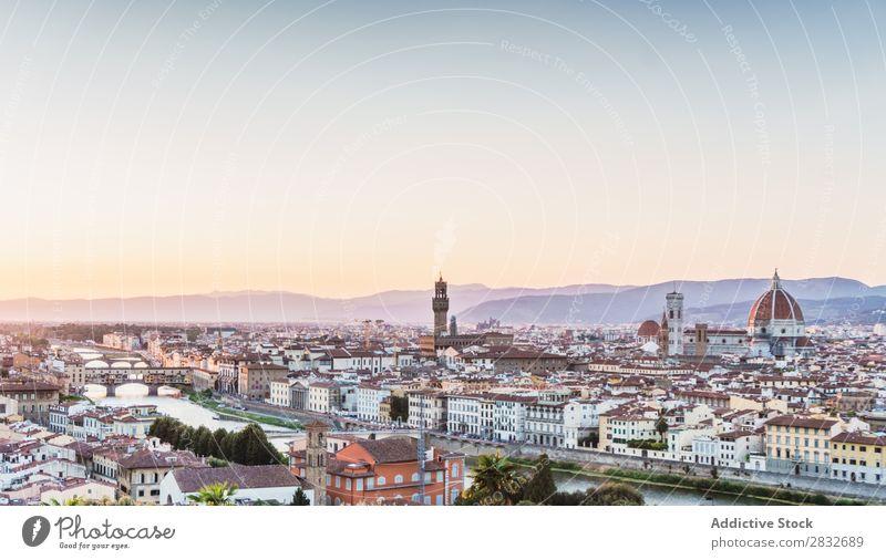 Blick auf die Altstadt Skyline Berühmte Bauten antik Attraktion Ausflugsziel Landschaft Erbe mittelalterlich Kultur Wahrzeichen Architektur Berge u. Gebirge