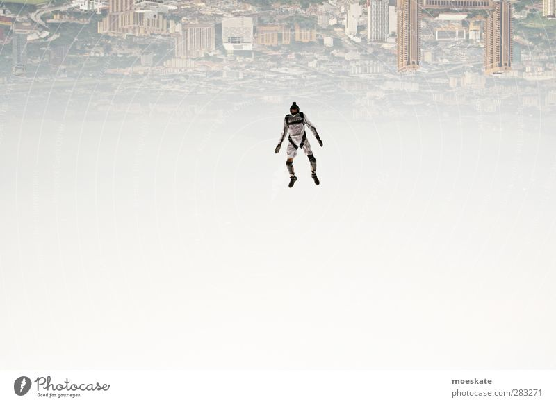 Die Welt steht Kopf Lifestyle Freizeit & Hobby Mensch maskulin Mann Erwachsene 1 Kuala Lumpur Malaysia Asien Stadtzentrum Skyline fliegen springen