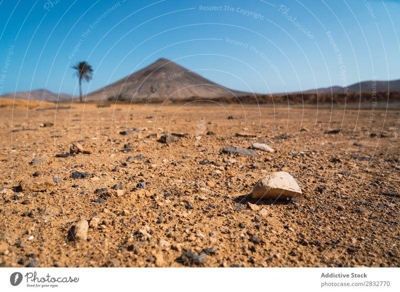 Landschaft der tropischen Wüste Gelände Felsen ruiniert Ruine Natur Stein Grunge abgerissen Architektur desolat Landen Tourismus Gebäude vergessen ländlich