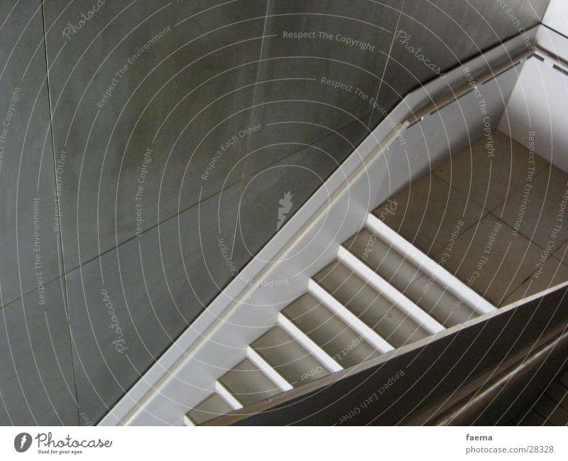 upstairs aufsteigen Architektur Treppe Metall Geländer Erfolg
