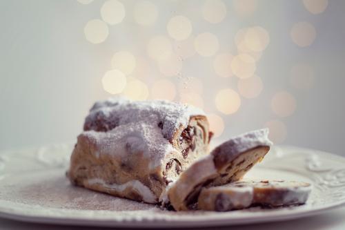 Stollen Weihnachten & Advent Feste & Feiern Licht Stimmung Weihnachtsdekoration Unschärfe Schwache Tiefenschärfe Innenaufnahme modern Kunstlicht schön