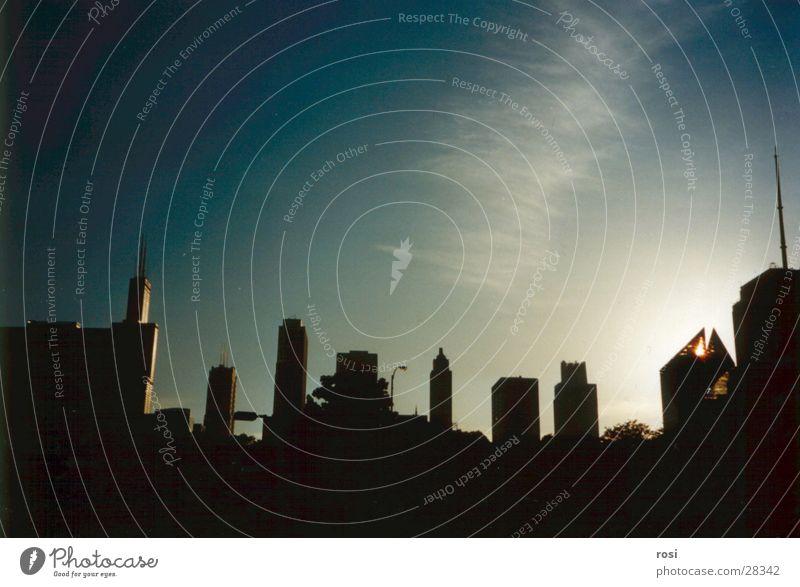 Abendstimmung in Chicago Sonne Hochhaus Skyline Abenddämmerung Nordamerika