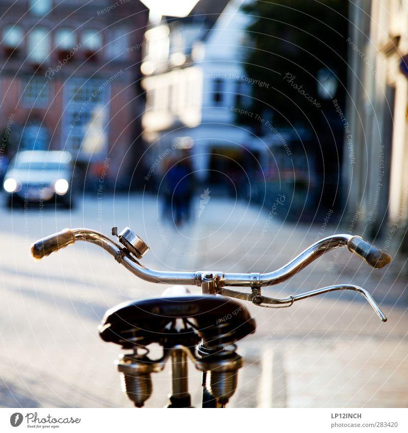Oldschool. Design sportlich Fahrradtour Lüneburg Verkehr Verkehrsmittel Straße Fahrzeug PKW alt elegant frech Originalität retro ästhetisch Bewegung